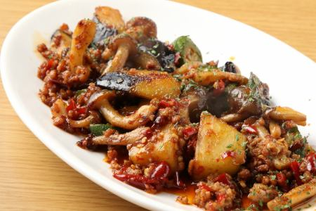 Stir-fried eggplants and okra