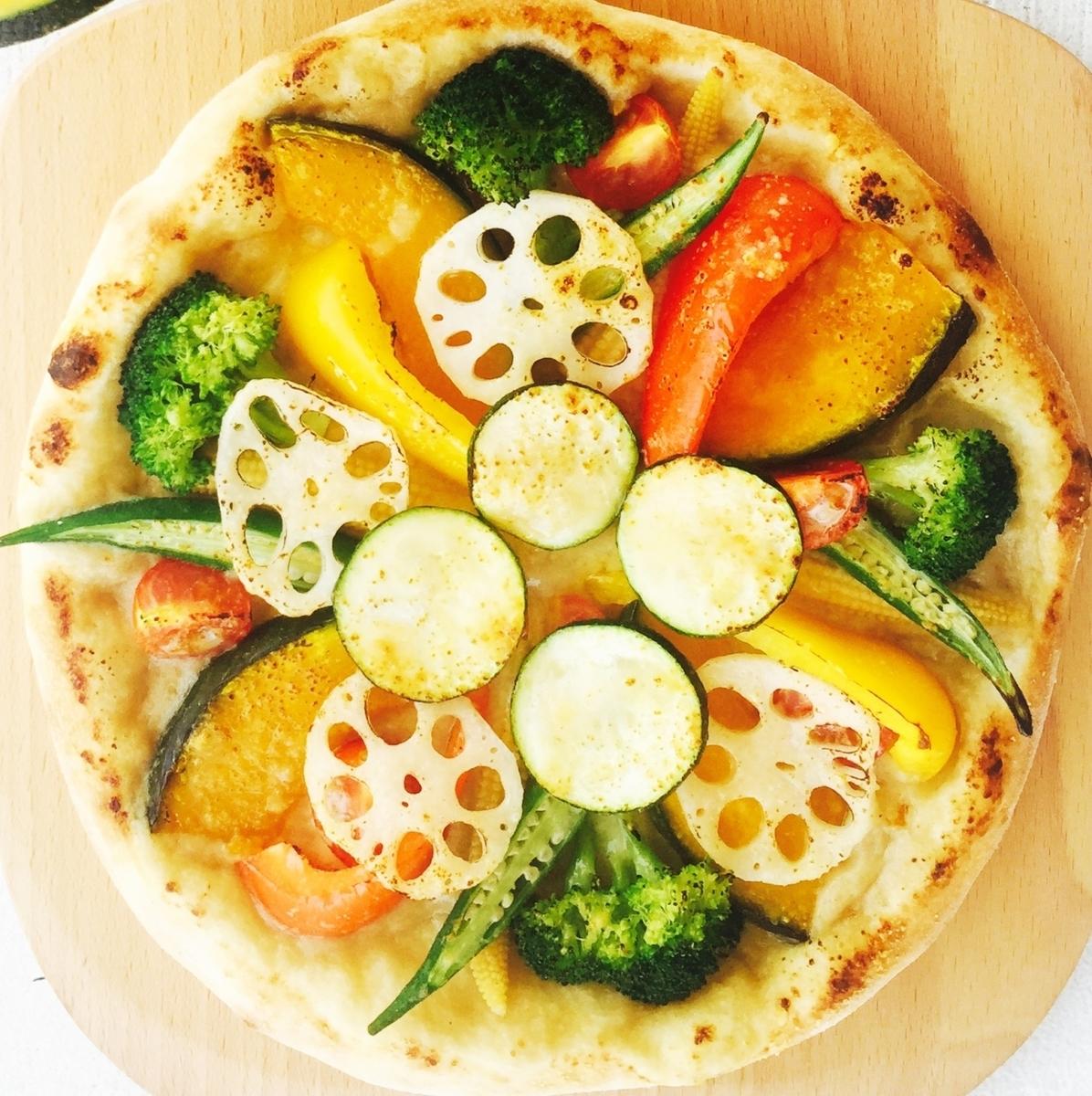 手工製作的Bagna馬尾披薩