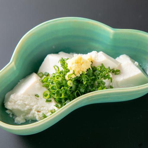 クリームチーズの味噌漬け/自家製やっこ/田丸屋山葵漬け板わさ