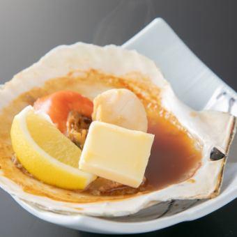 ほたて貝醤油バター/ほたて貝のいしる焼/鮭のハラ身焼き/焼ずわいがに