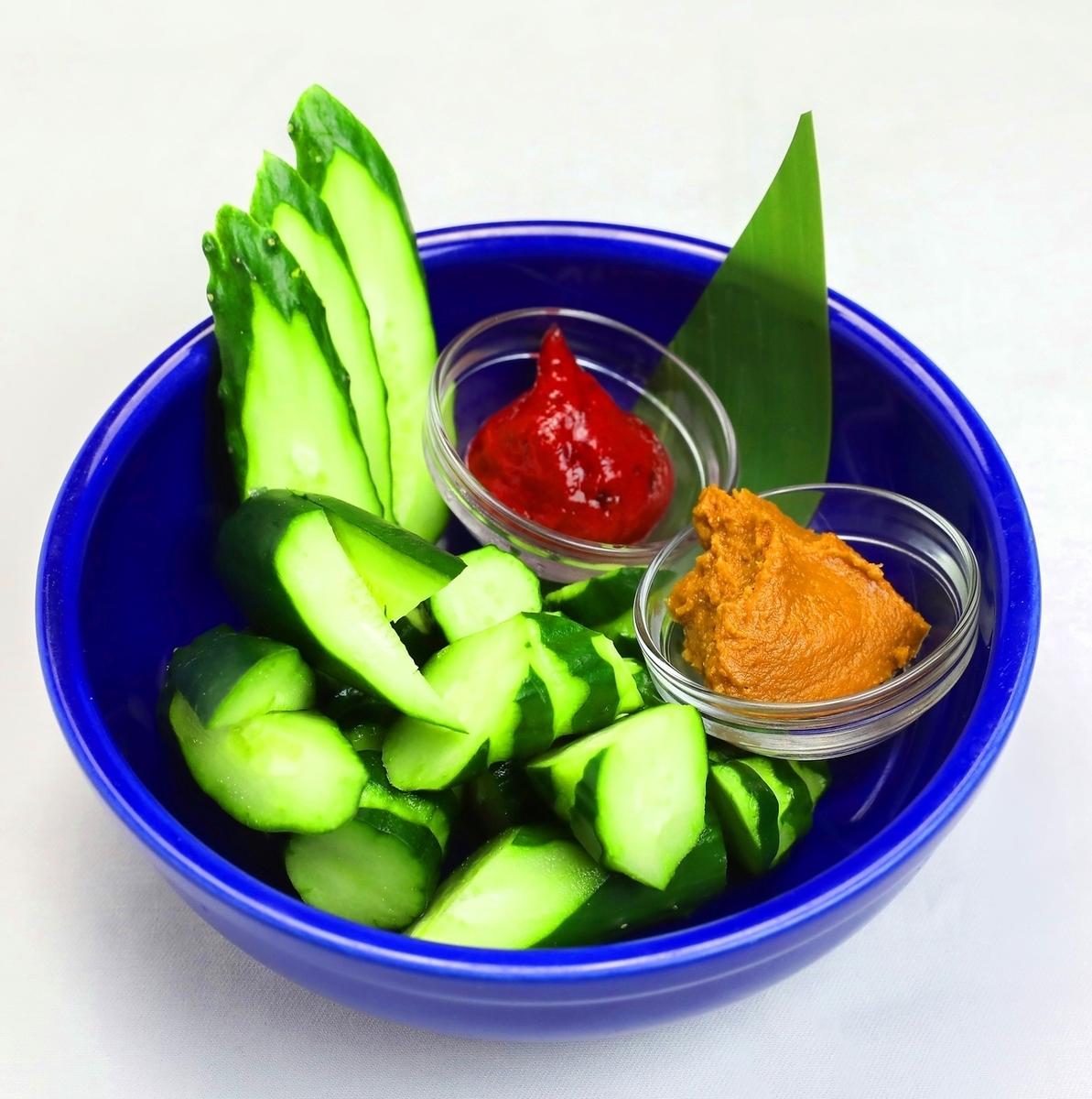 胡瓜の即菜~もろQ、梅Q、塩だれ胡瓜~