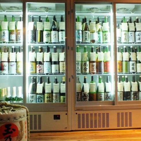 47都道府県の日本酒を取り揃えております!全部で100種類以上、すべて500円均一でご提供!船橋でNo1の日本酒取扱量!