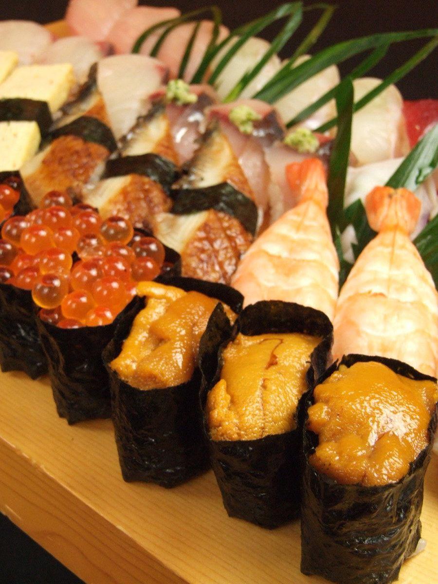産地直送の魚介が堪能できる!職人が握る江戸前寿司二貫216円!