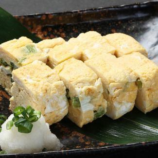 信州野泽绿色蛋糕卷与磨碎的矿石Tamagi Onigori