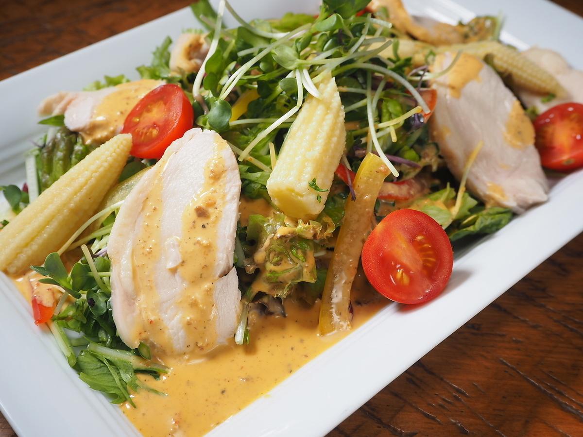 特製雞肉火腿的沙拉