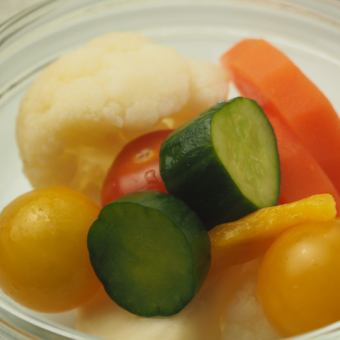Homemade pickles of fresh vegetables