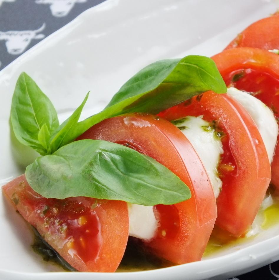 Caprese番茄和馬蘇里拉奶酪
