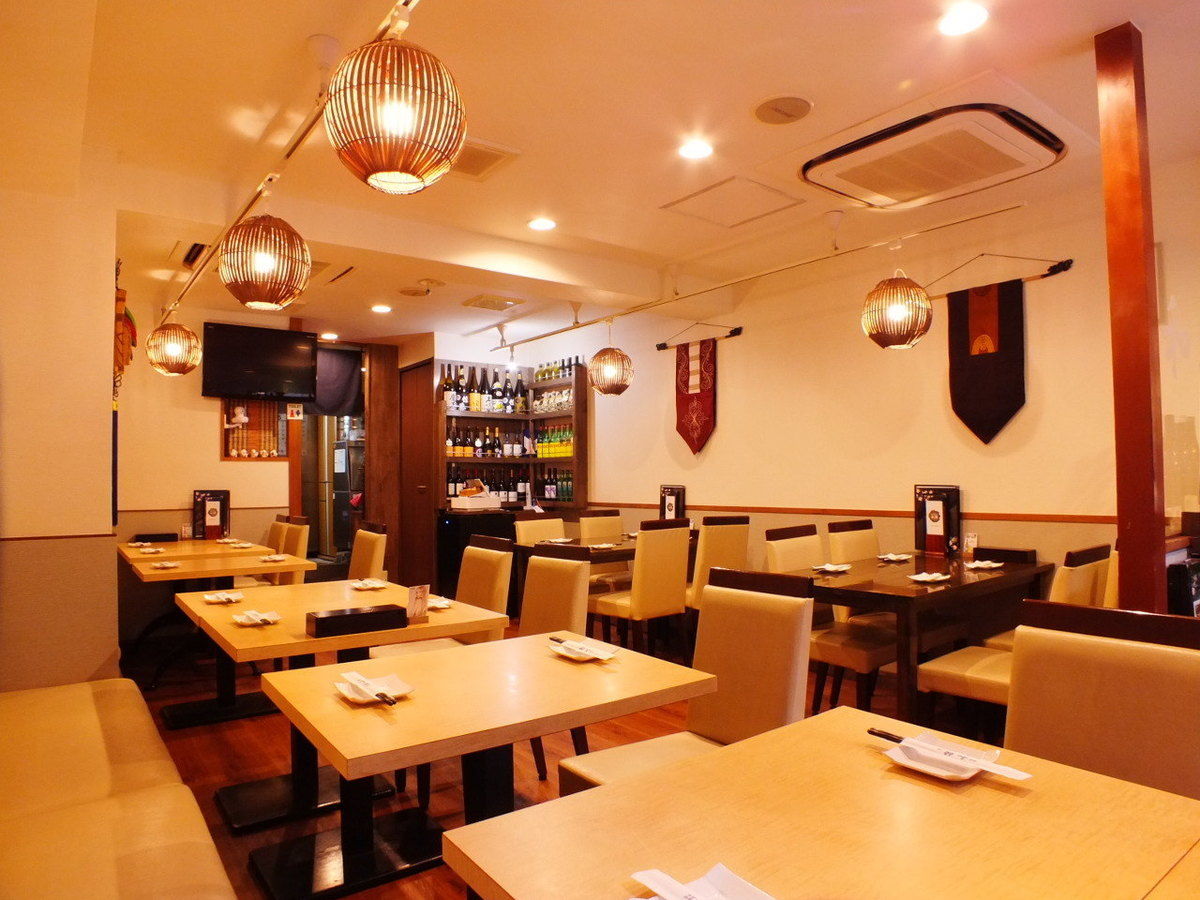 It is ideal for gatherings as it is 2 minutes on foot from Akabanebashi Station and good access!