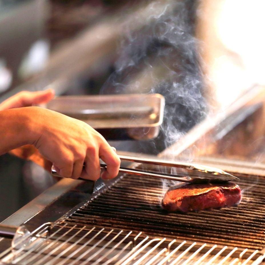 全国の和牛コンテスト受賞[なぎビーフ]の熟成肉を気軽に楽しめる炭焼きビストロ♪