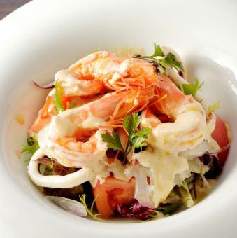 蝦和海鮮天使海鮮沙拉