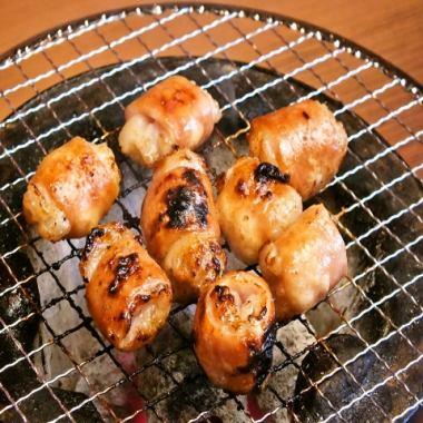 【肉】厚木シロコロホルモン