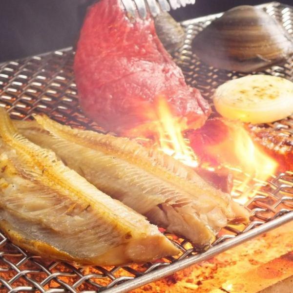 <新鮮魚介、肉、野菜・・・素材へのこだわり>