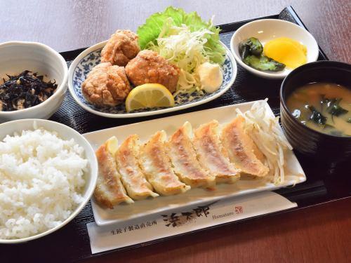 餃子唐揚げ定食