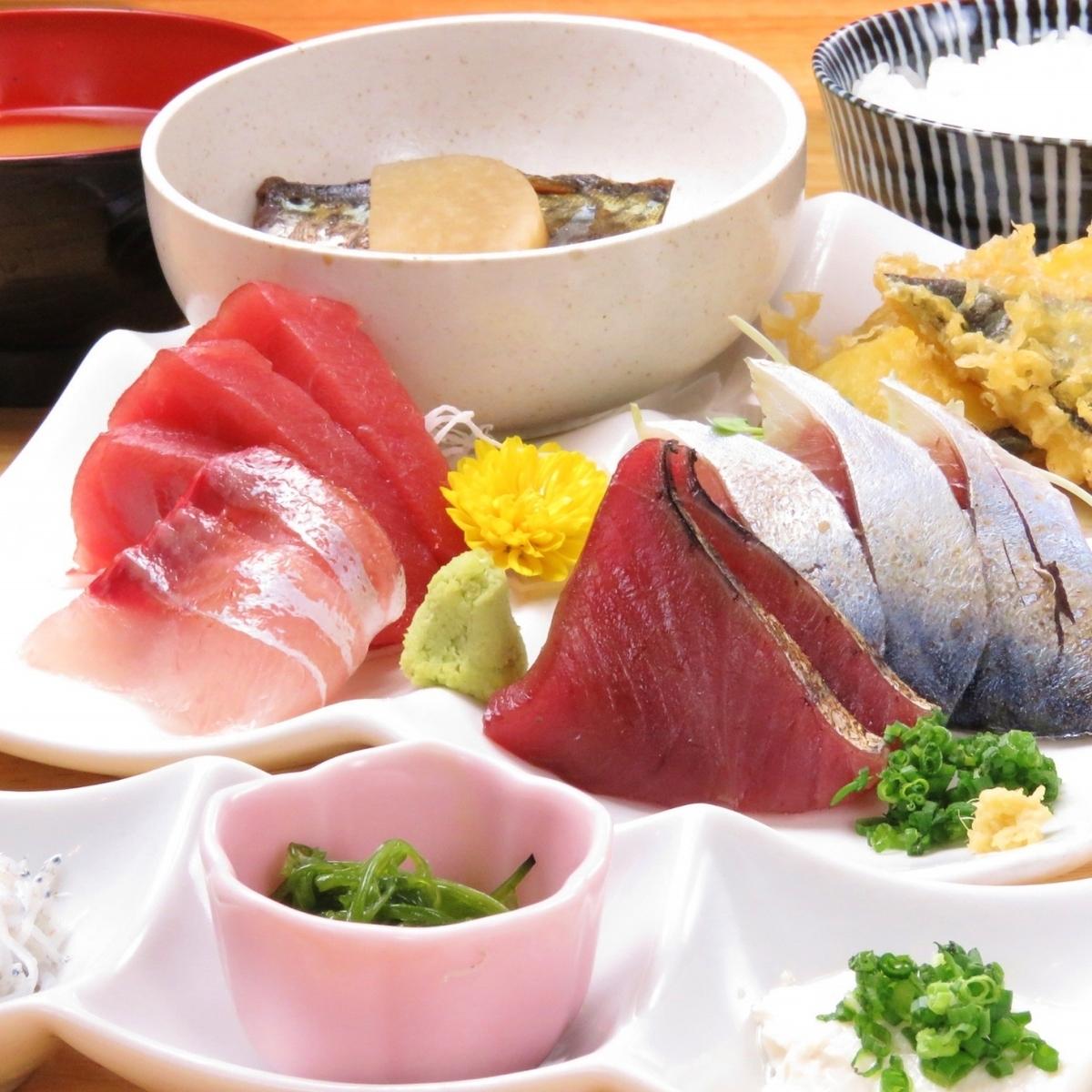 經典流行的生魚片套餐