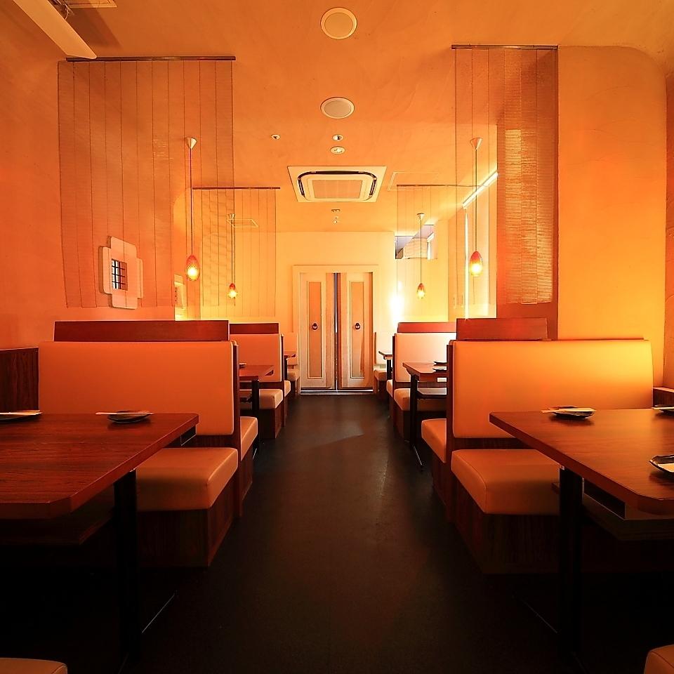 还有一个可容纳30人的私人房间。请留下各种宴会,如成人的饮酒派对!我们将为您准备一个非常有利可图的饮食课程,从2700日元(不含税)。气氛和套餐都绝对满意!