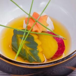 가을의 순채 코스 ◆ 요리 9 종 + 2.5h 음료 뷔페 포함 ◆ 인당 4000 엔