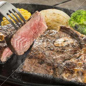 贅沢な国産和牛の他に、リーズナブルなステーキもご用意!