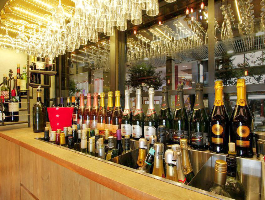 世界葡萄酒自助餐