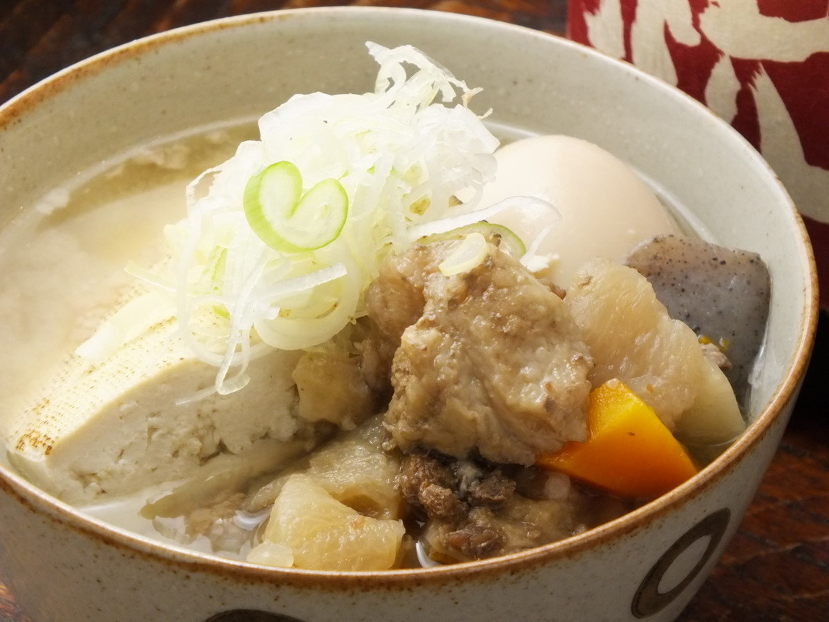 """煮燉牛肉※根據季節,它變為""""關東煮""""。"""