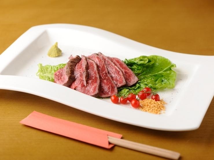 A5 Kuroge和牛牛肉烤牛肉