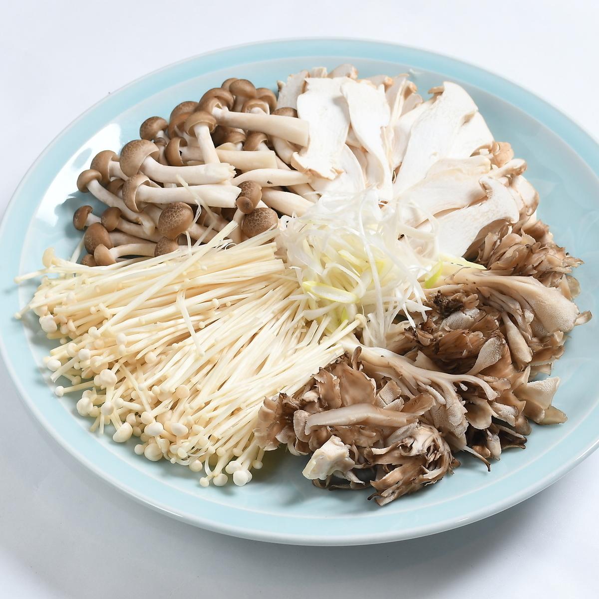 Assorted fungi (3 varieties) Large