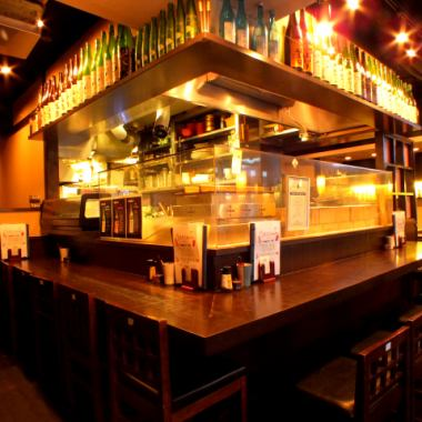 【A little drink after returning to the company ♪】 When you want to speak a little intimately, the counter recommends ☆ The smell of a delicious dish is hidden inside the shop, pouring the appetite.We also have table seats best suited for drinking! We will guide you according to your application, so please do not hesitate to contact us!