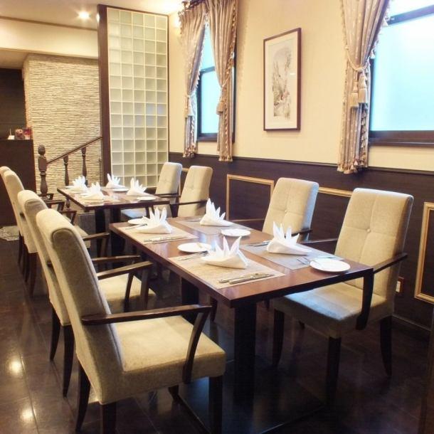 【晚宴和葡萄酒派對】2人以下的客人〜可以廣泛使用,最多可容納12人。也推薦用於晚宴。這是一家餐廳,可用於從小到大客戶的各種場景。