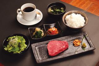 牛排午餐[九州黑毛和牛牛肉]