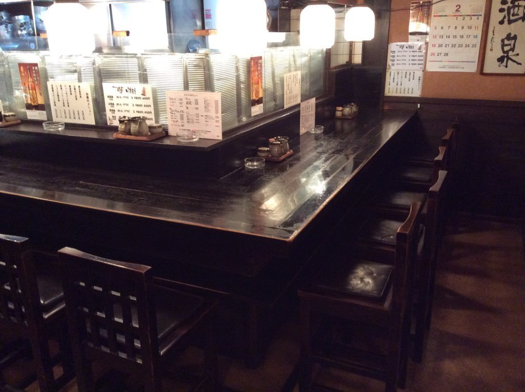 Small number of people are also welcome ♪ Counter seats that you can enjoy cooking and sake slowly while immersed in the calm atmosphere of the shop ♪ It seems that you can have a meaningful conversation deeply with a date, acquaintance, friends, etc. ♪