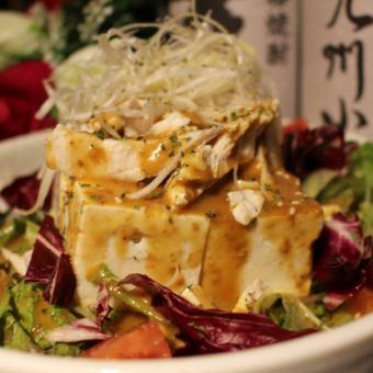 豆腐の棒々鶏サラダ