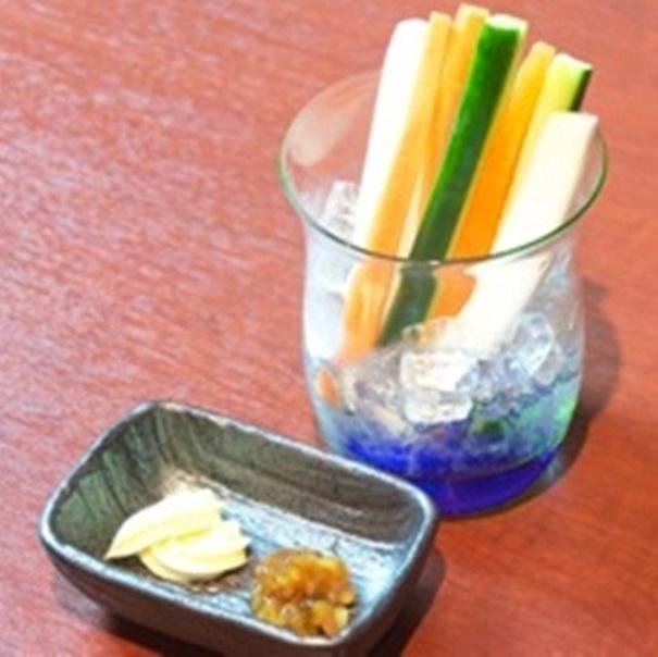 Vegetable stick Miso & Mayo / Plum brush