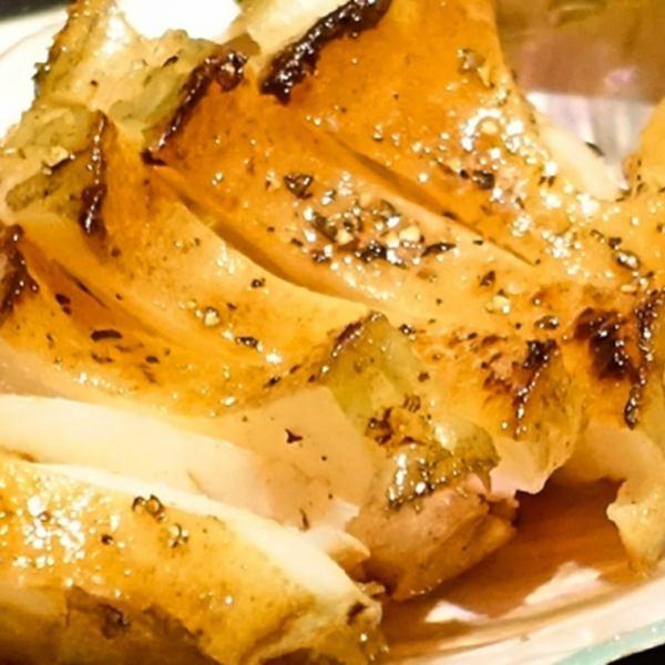 Abalone steak you can eat raw fish daringly with grilled teppanyaki 【Abalone steak 1200 yen