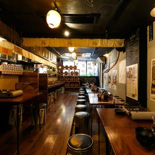 ◆桌座◆連接所有店內桌面,最多可容納25人!