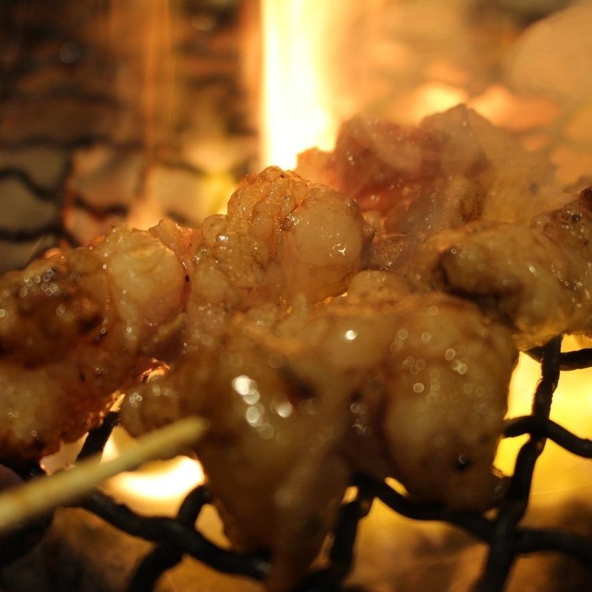 牛ホルモン串(味噌・タレ・塩)