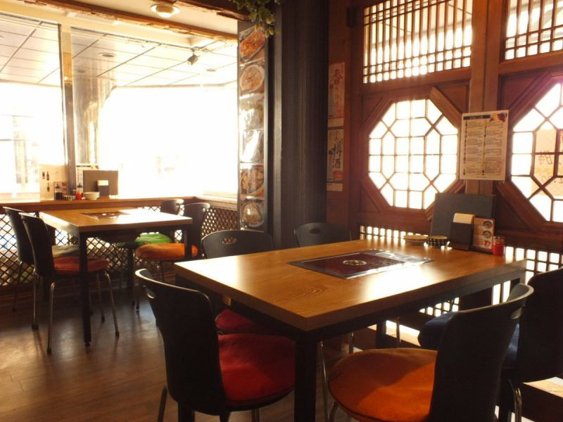 It is located on the 2nd floor of the building, a 5-minute walk from the Shinsaibashi Subway Station. ◎ Please use our shop for work on Shinsaibashi and return shopping ☆ Please note that there are coin parking nearby, so guests with adults and children Family guests willingly to come visit us! If you order delicious Korean BBQ at Shinsaibashi, Korean food is decided by Sonamu ◎