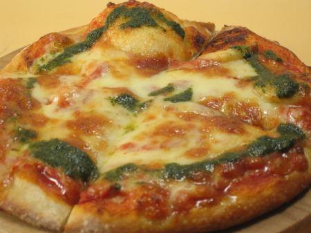 三谷牧場 金のチーズのピッツァ