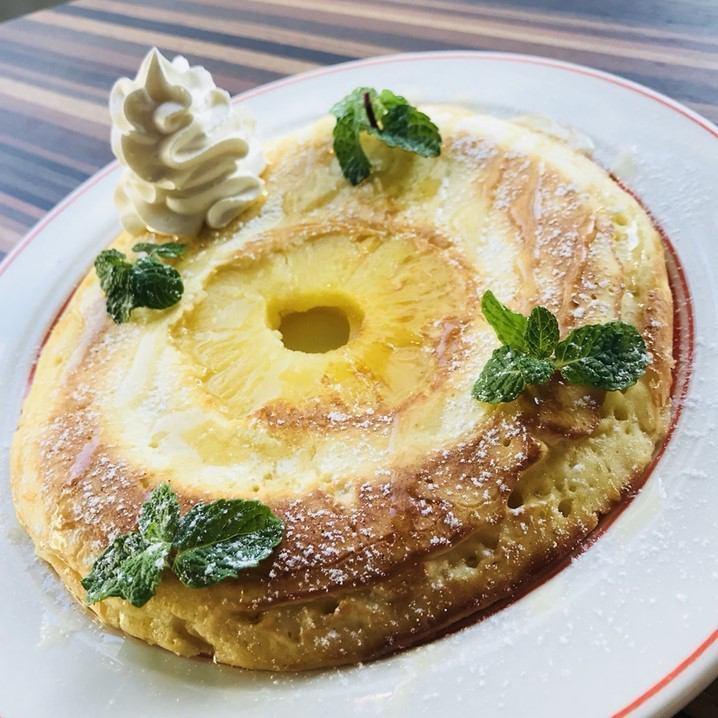パイナップルパンケーキ