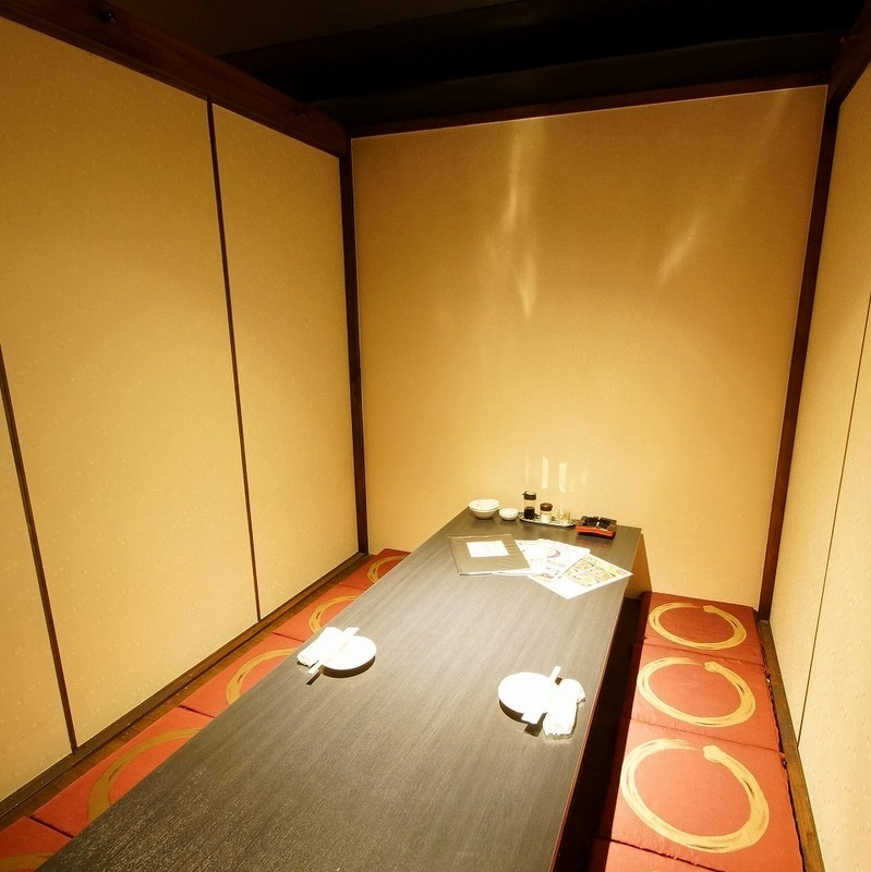 Private temporary room for 2 people in a private room.