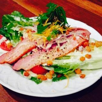 Romantic! Romein lettuce and thick sliced bacon Caesar salad