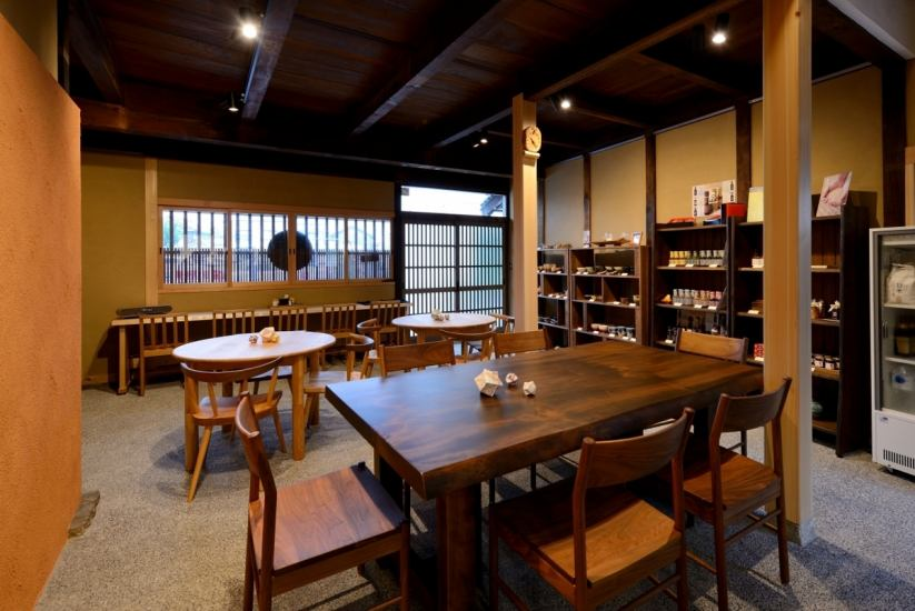 New shop in the aesthetic area ♪ Taste the food of local Okayama ...