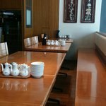 The interior is bright, Ideal for dating and family meals ☆ Large number of people OK! Feel free to contact us!
