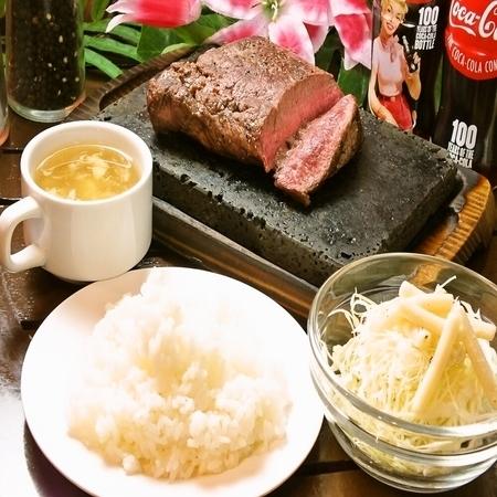 你可以吃米飯沙拉