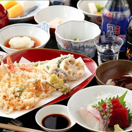 ~ For various banquets ~ Special popular course of the four seasons 6 items 8000 yen (tax not included)
