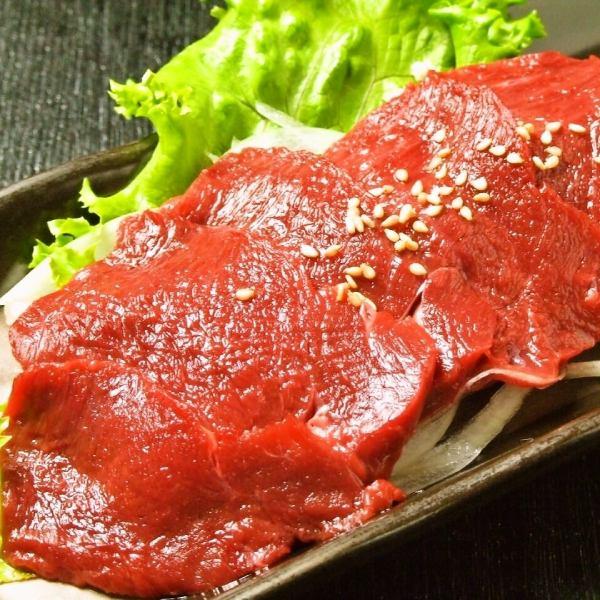 [Raw meat] horse sashimi