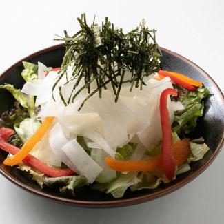 ガチ盛大根サラダ