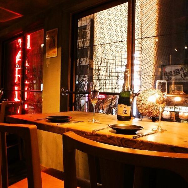 上野【カップルで夜景席もご用意★】窓際の席もご用意♪おいしい料理とお酒をカップル席でご堪能くださいませ!!(上野/女子会/肉/歓迎会)