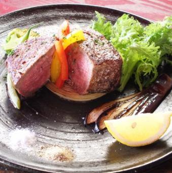 牛排配魚片肉