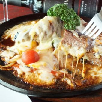 肉×奶酪最強的合作!牛排火鍋