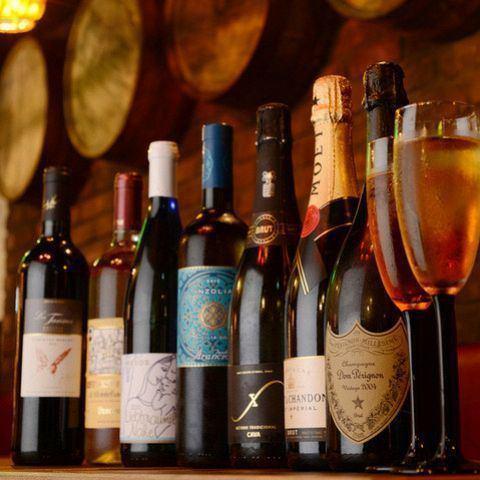 超過80種全酒♪瓶全部1,900日元(不含稅)