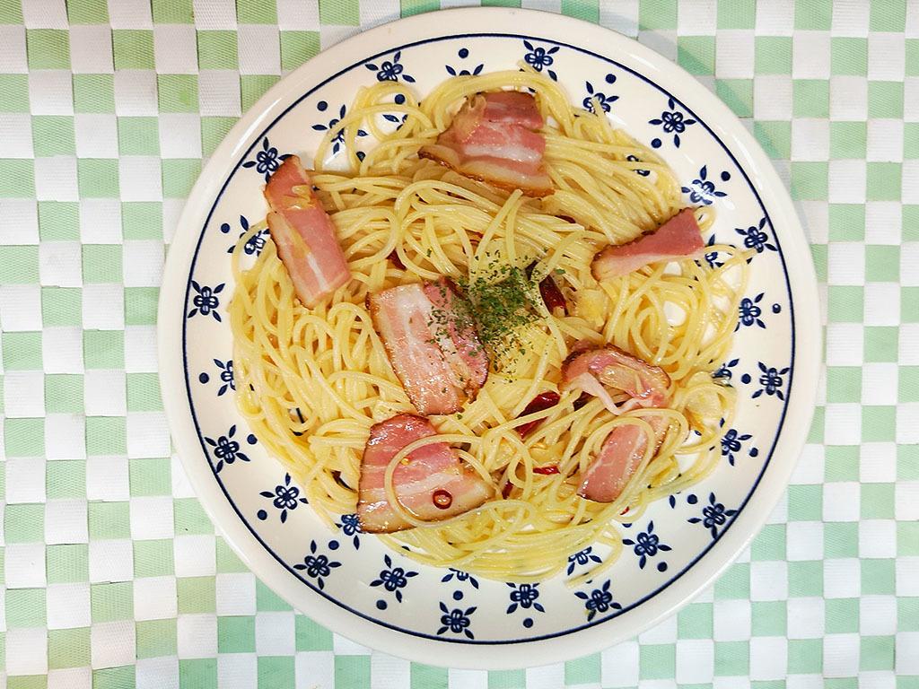 Peperoncino / clams (soup spaghetti) / eggplant, tomato